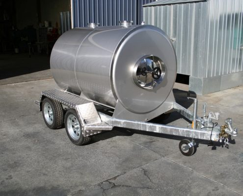milk-tanker-2000l-oringin-earth
