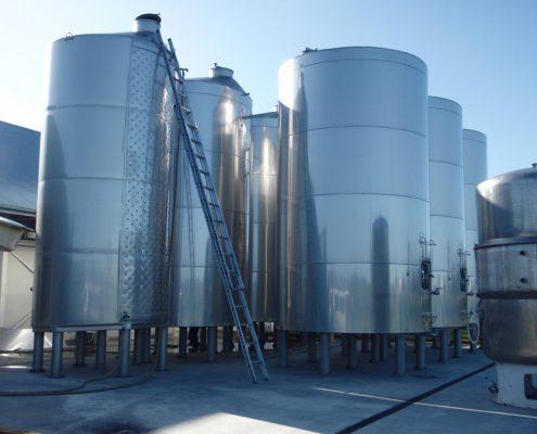 Martinborough Estate 30oool lagged white storage tanks